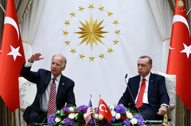 Biden Met by Snubs as He Seeks to Mollify Turkey's Angry Erdogan