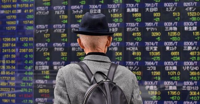 Asia Shares Slump Before Data, Summit; Yen Climbs