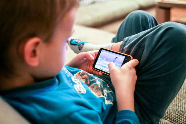 Iranian MVNO Introduces Family Friendly Mobile Plan