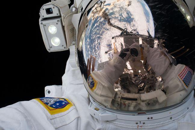 NASA Picks a Dozen Astronauts From a Pool of 3 Million