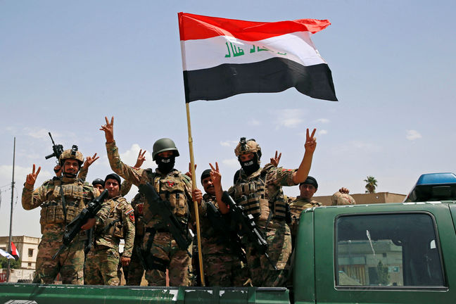 Iraqis prepare to celebrate Mosul victory blocks away from raging battles
