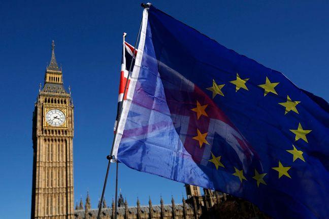 U.K. Cranks Up the Pressure on EU to Pivot Brexit Talks to Trade
