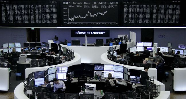 European Stocks Advance as Data Confirms Manufacturing Strength