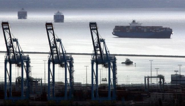 Subsidized Imports Spur Smuggling of Essential Goods From Iran