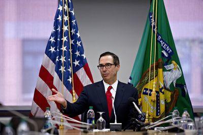 U.S. Hints at China Truce as World Warns of Trade-War Threat