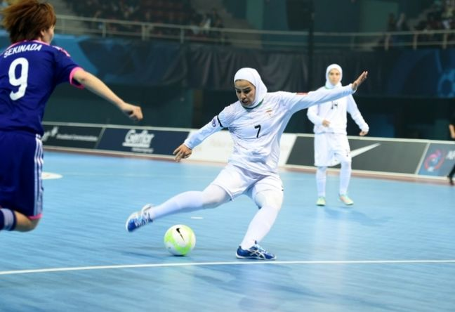 Iranian female futsal team ranks 3rd in Russian Int'l tournament