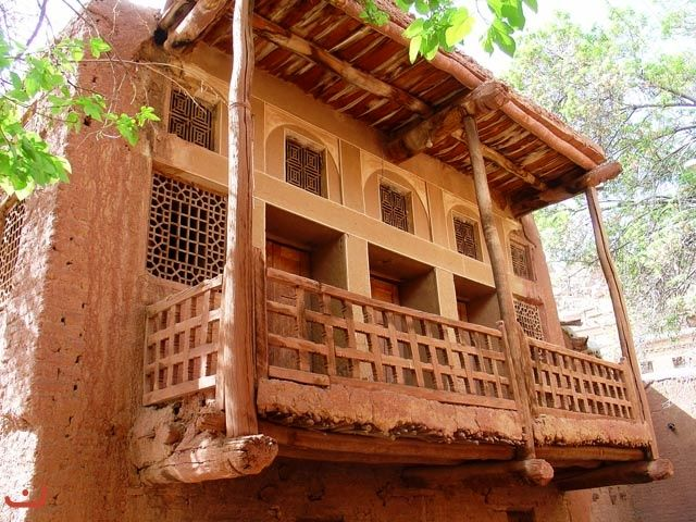 Over 30,000 foreign tourists visit Abyaneh village in 8 months