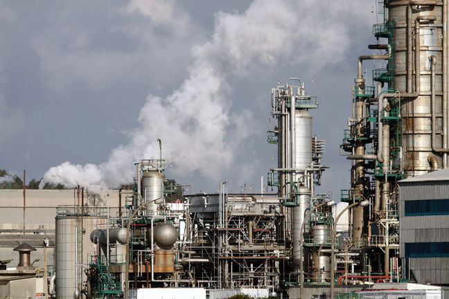 Iran Industrial Production Index Falls in Q1 After 4 Quarters of Growth