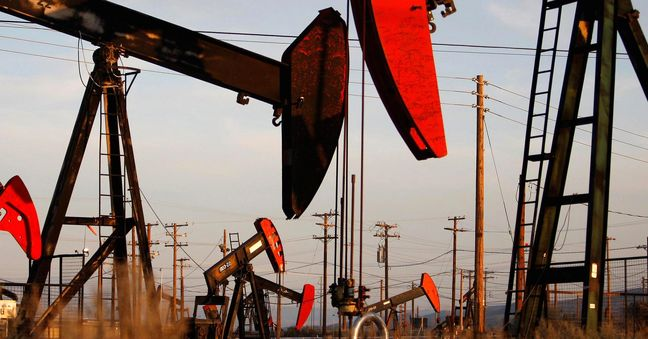 Oil prices will be much more volatile in 2017: IEA