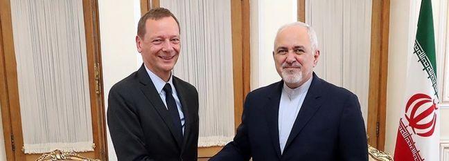 France Seeking to Ease US Economic Pressure on Iran