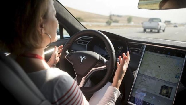 Silicon Valley online course to mint self-driving car engineers