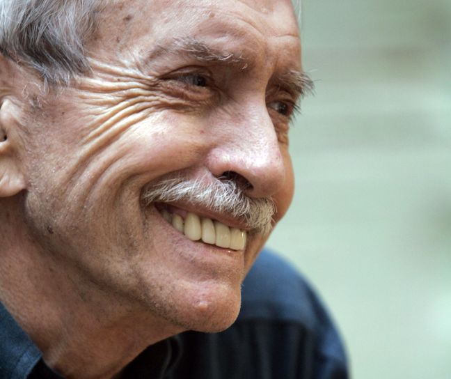 Pulitzer-winning playwright Edward Albee dies at 88 at his NY home: reports