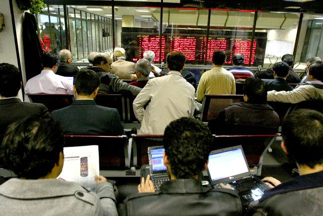 Tehran Stock Exchange Trade Gains 3.35%