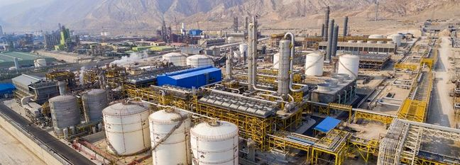 Petrochemical Company in Asalouyeh Striving to Boost Output and Export