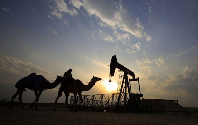 Saudi Arabia Starts Telling Refiners Oil Supply Will Be Cut