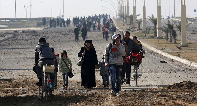Islamic State kills dozens of civilians trying to flee Mosul: witnesses