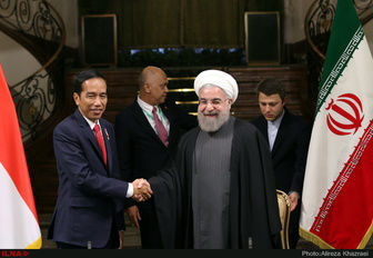 Rouhani: Iran resolved to enhance ties with Indonesia