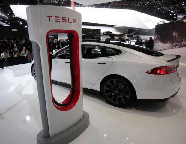 Electric Cars Could Take an OPEC-Sized Bite From Oil Demand