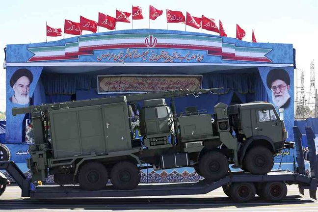 Iran displays S-300 missiles during Sacred Defense Week ceremonies