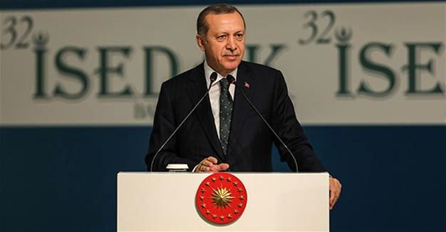 EU Parliament Urges Suspension of Turkey's Membership Talks
