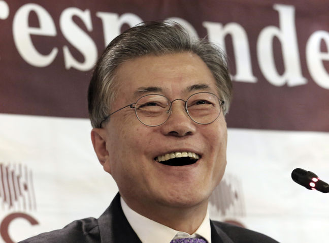 Moon, Ahn and a Self-Described Strongman Vie to Lead South Korea