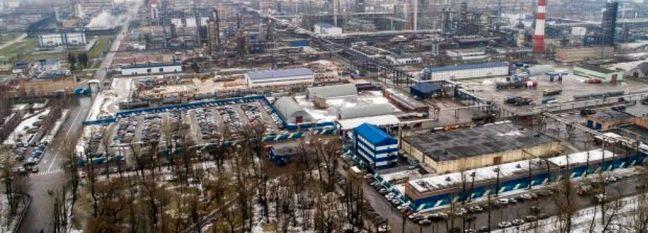 Russia Cuts Oil Production Below OPEC+ Cap