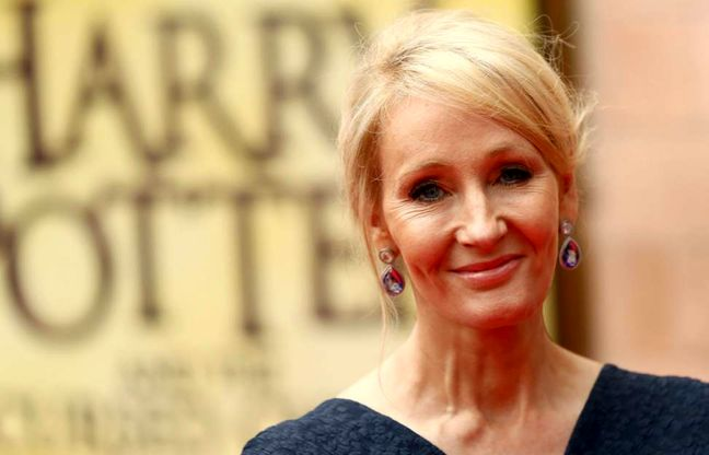 "J.K. Rowling bids farewell to Harry Potter at ""Cursed Child"" gala"