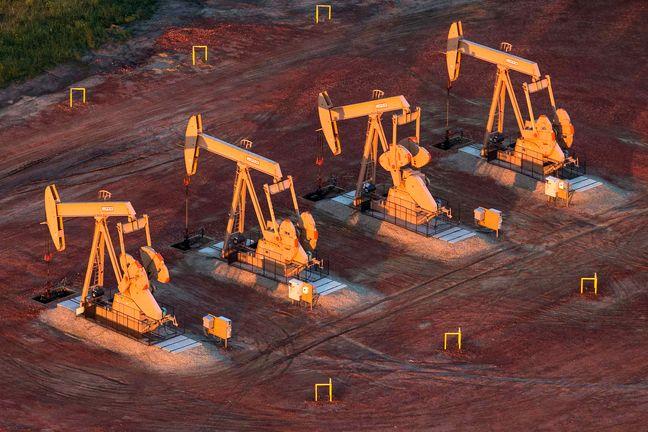 IEA Sees Oil Glut Easing