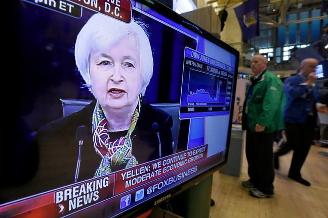 Dollar turns defense into attack ahead of Fed minutes