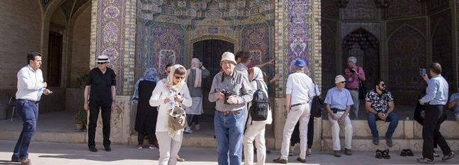 Iran's H1 Tourist Arrivals, Departures Increase