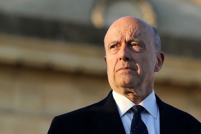 Juppe keeps comfortable lead over Sarkozy for French presidential election ticket: poll