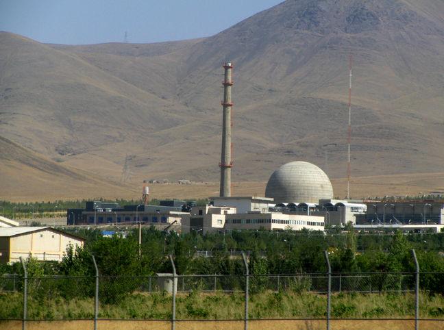 Envoy: Chinese expert delegation visits Iran to re-design Arak Reactor