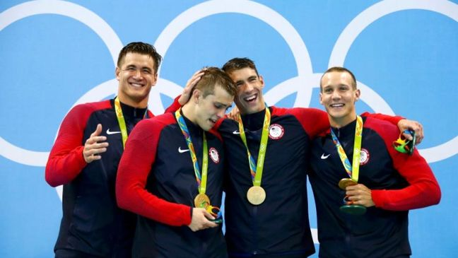 More records fall as Phelps collects 19th gold