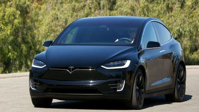 Tesla trims up to $14,000 off Model X in China after tariff cuts