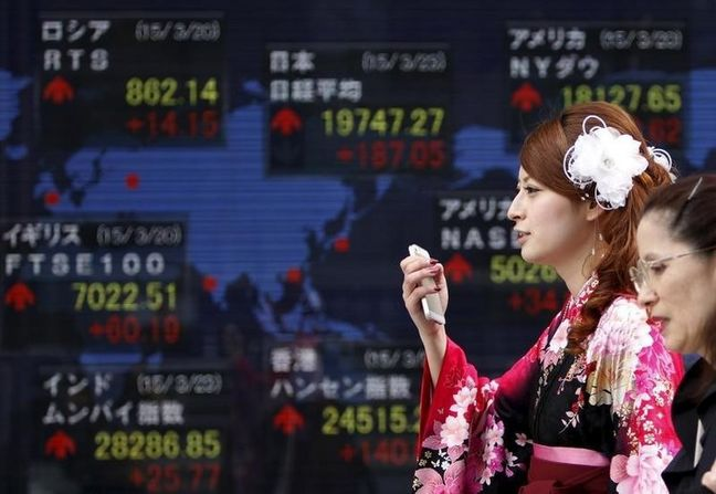 Asian stocks up on hopes of thaw in U.S.-China trade tensions