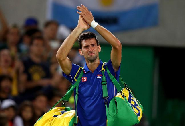 Del Potro sends Djokovic off in tears