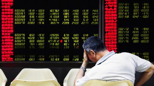 Asia stocks under pressure as dollar stays near 14-year high