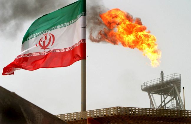 Iran Okays Outlines for New Oil Contracts