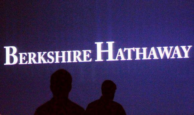 Berkshire Hathaway gains $1.6 billion from its huge bite of Apple