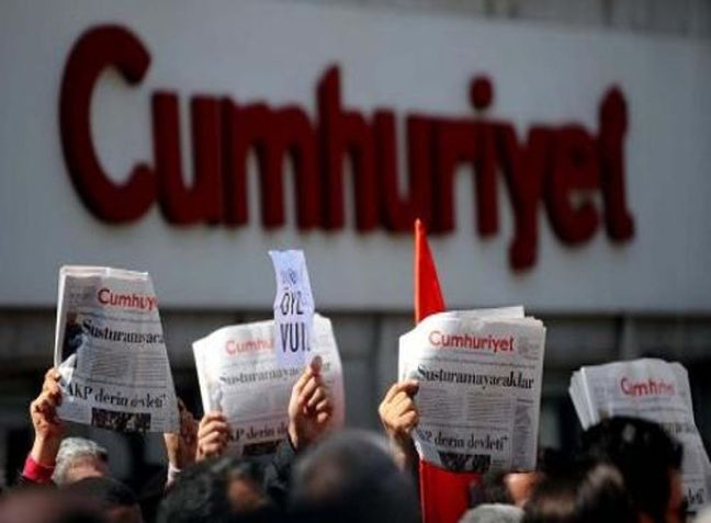 Turkish opposition paper vows 'will not surrender' after staff detained