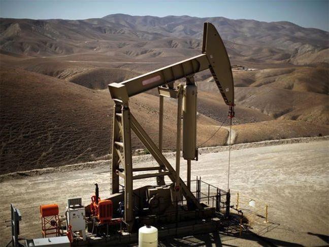 Saudis, Russia Favor Extending Oil Output Curbs by 9 Months