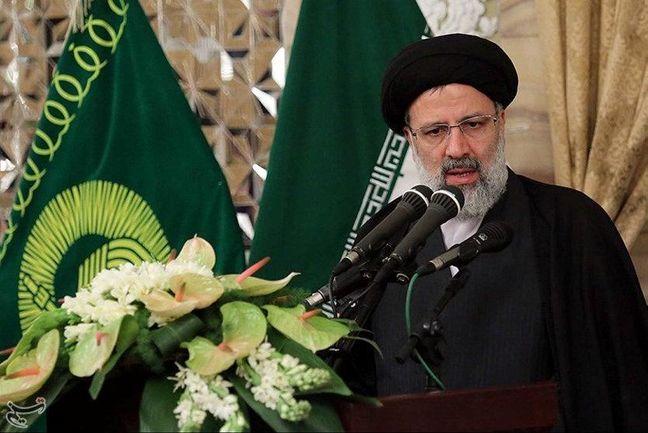 Iran Presidential Vote Overshadowed By Populism