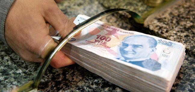 Iran, Turkey Start Using Nat'l Currencies in Trade