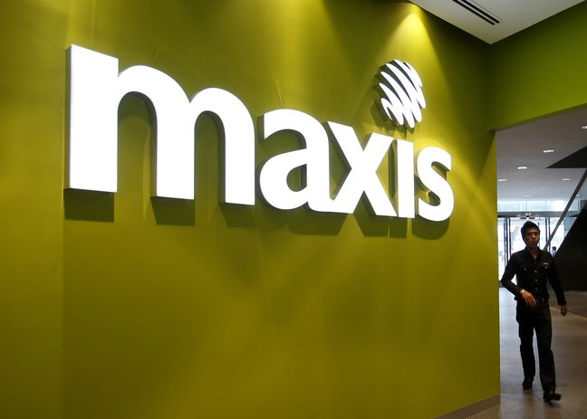 Saudi Telecom Said to Mull Options for Indirect Maxis Stake