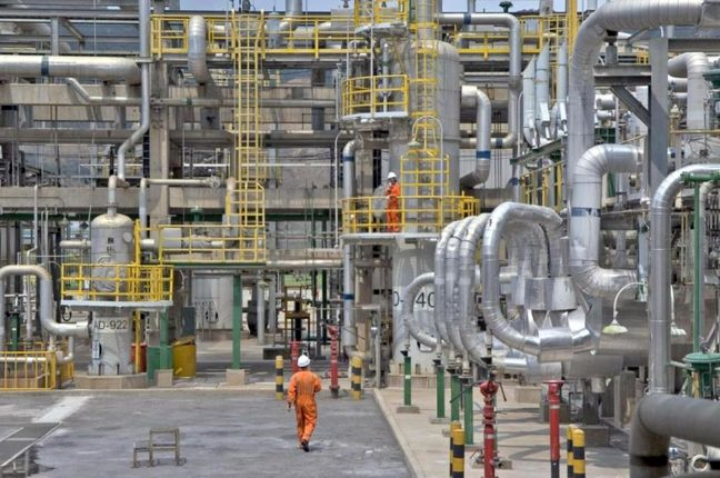 Anahita refinery executive operations to be speeded up