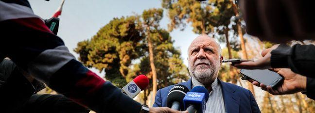 Zanganeh: US Hostilities Against Iran Destabilizing Int'l Oil Market