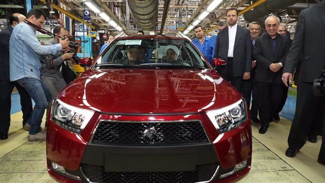Iran rolls out new generation of national cars