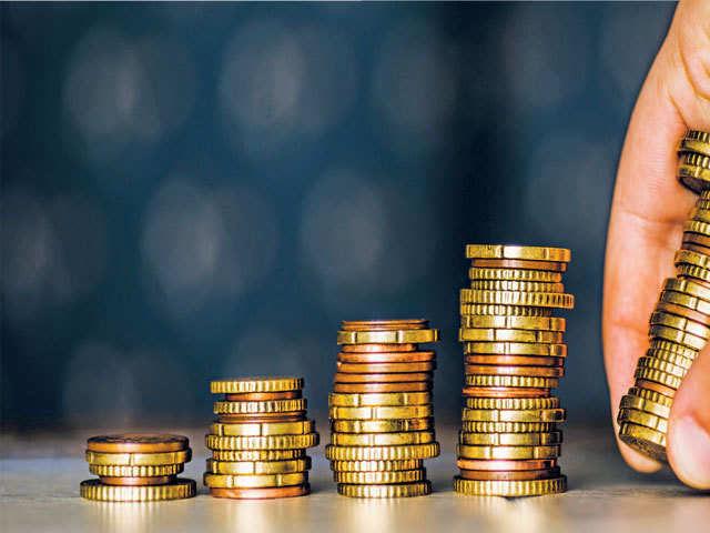 Iran: Declining Long-Term Deposits Sounds Inflation Alarm